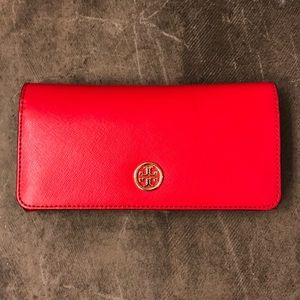 FLASH SALE!!! Tory Burch Wallet